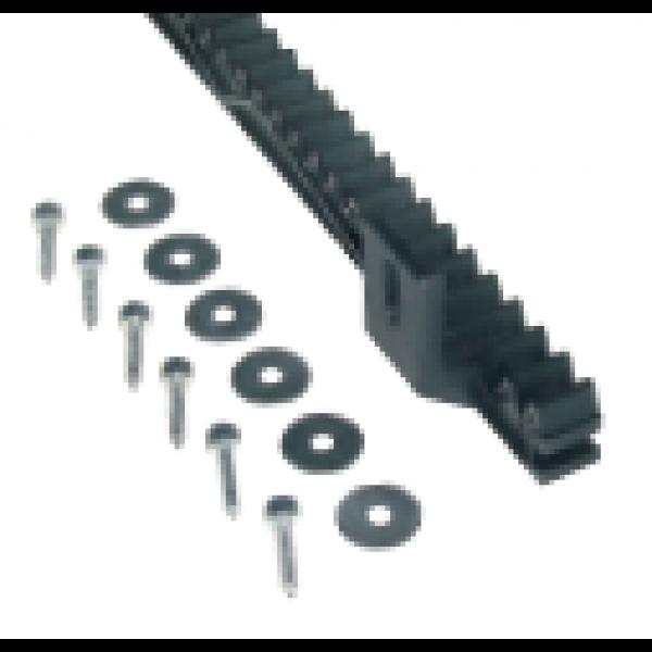 Cremaliera M4 din nylon cu interior metalic